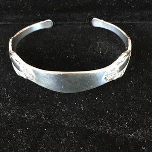 Jewelry - Vintage Sterling Silver spoon bracelet